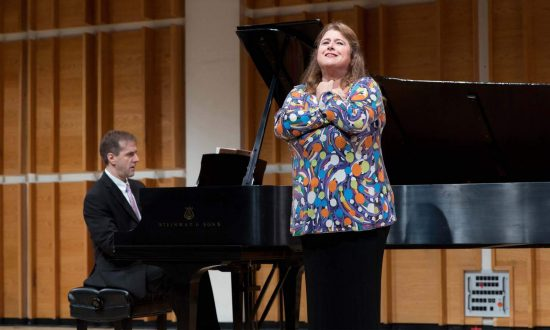 Classical Music Stars Bring High Art Without the Jargon