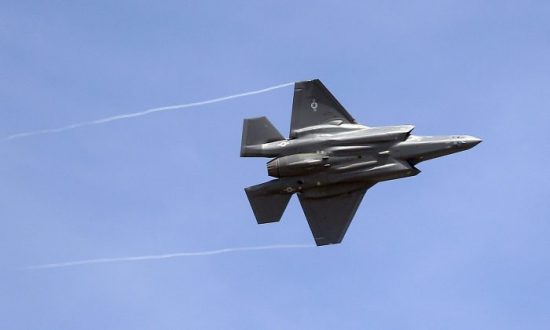 US Stops F-35 Fighter Jet Parts Delivery to Turkey