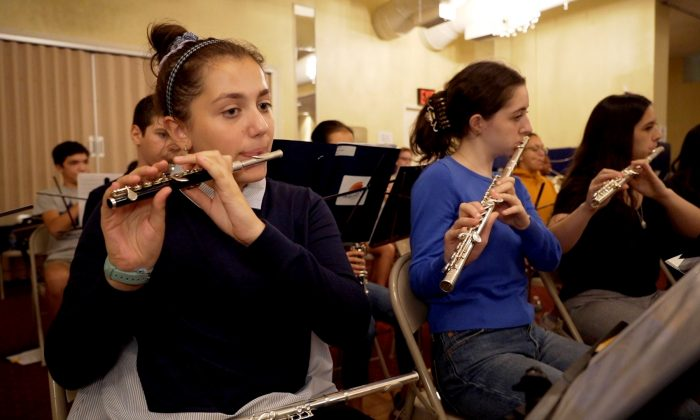 Julianna Guarrera, a student at ISO, plays the flute at Bloomingdale School of Music. (Shenghua Sung)