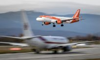 EasyJet Passenger Ejected From Flight for Smoking in Toilet and 'Putting Whole Plane in Danger'