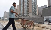 Millions of China's Migrant Workers Returning to Rural Hometowns, Likely Due to Unemployment