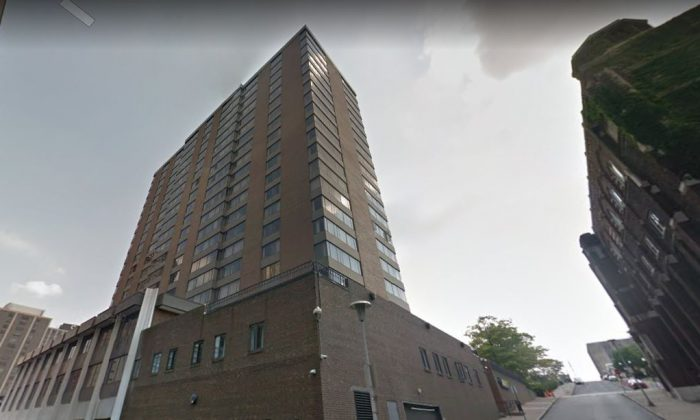 Brottier Hall, the building that Marquis Brown, 21, jumped off on Oct. 4, 2018 at Pittsburgh, Penn. (Screenshot/Google maps)