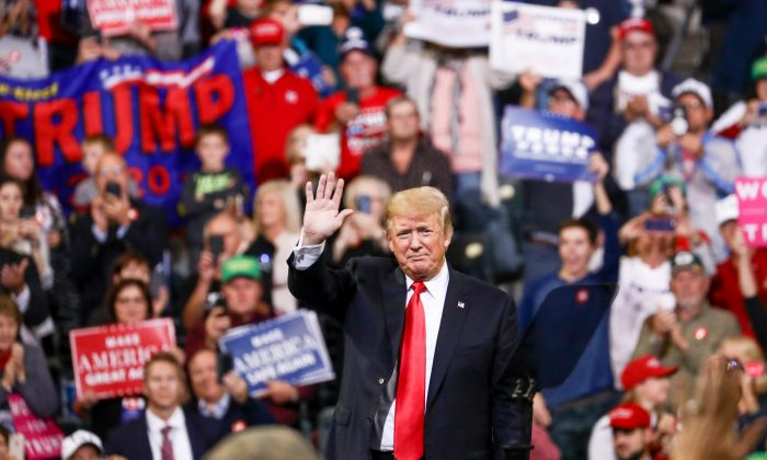 President Donald Trump at a Make America Great Again rally in Council Bluffs, Iowa, on Oct. 9, 2018. (Charlotte Cuthbertson/The Epoch Times)