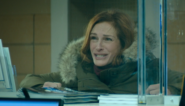 """Julia Roberts plays Holly Burns in """"Ben is Back."""""""