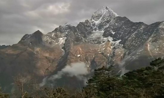 At Least 7 Climbers Killed in Himalayas, 2 Missing