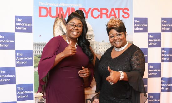 Social Media Stars Diamond and Silk Go to Big Screen for the Midterms