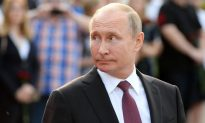 Putin Tells Trump He's Open to Talks on 'Wide-Ranging Agenda'