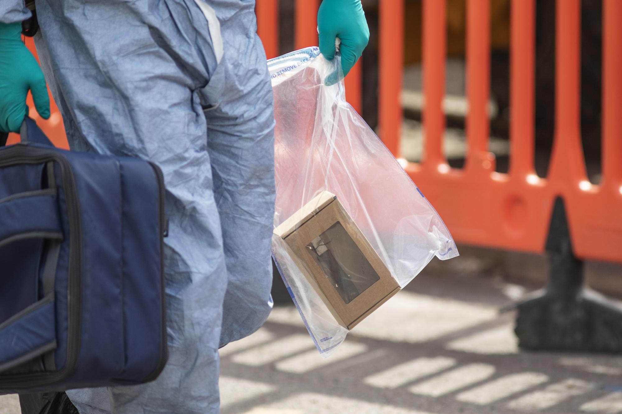 Knife Battle on Quiet London Street Brings Fifth Murder in 6 Days