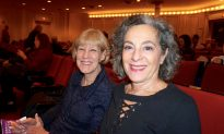 Shen Yun Orchestra 'A Great, Enjoyable Experience,' Bank Professional Says