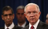 Sessions Calls on Chicago Lawmakers to Spike Consent Decree as 'Insult' to Police