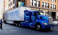 Truck Makers Rev up for Rollout of Electric Big Rigs