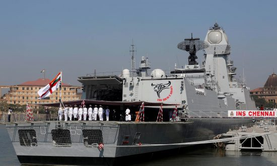 Japan, India Negotiating Military Logistics Pact in Tightening of Ties