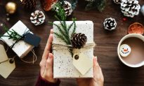 7 Tips for Getting Your Christmas Shopping Done Early This Year