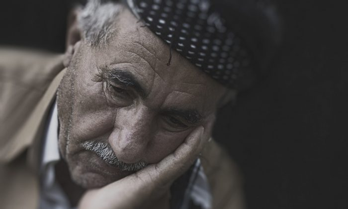 Losing a spouse does more than wound the heart, it can bring the body to an early death. (Omar Alnahi/Pexels)