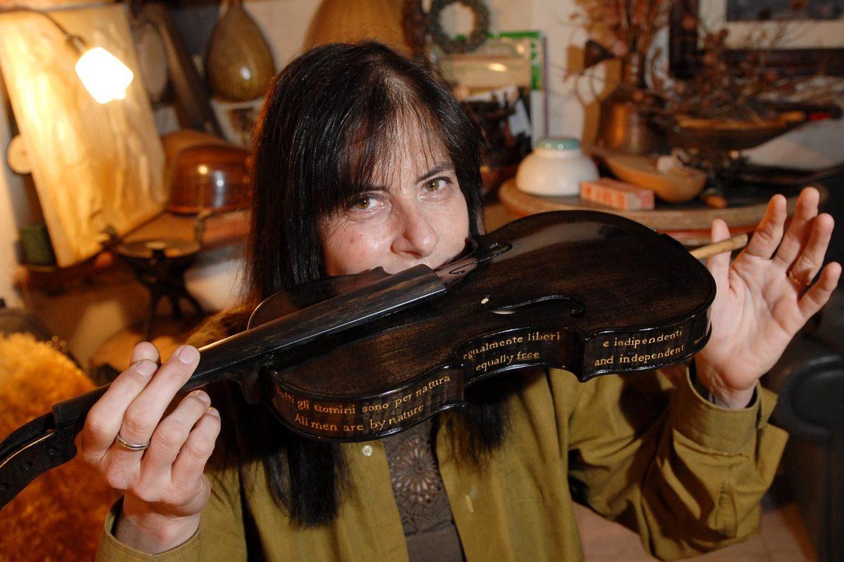 Violin maker florence