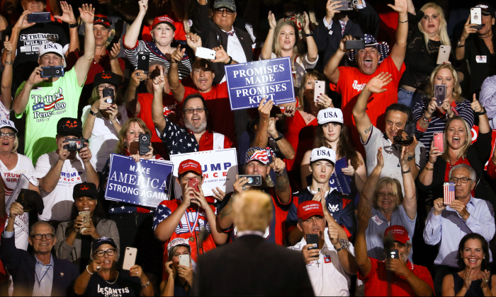 President Donald Trump at a Make America Great Again rally in Fort Myers, Fla., on Oct. 31, 2018. (Charlotte Cuthbertson/The Epoch Times)