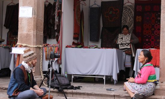 Daniel Bogre Udell (L) records a textile artist, named Luz, speaking a language from the Amazon called Shipibo, in Peru. (Courtesy of Daniel Bogre) Udell/Wikitongues)