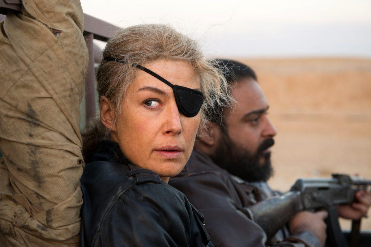 Marie Colvin wears eyepatch