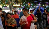 Higher Prices, Lending Curbs Dim Diwali Festival for Indian Retailers
