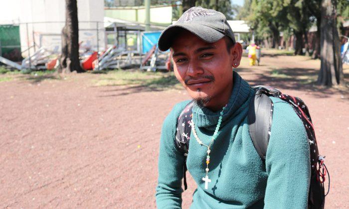 Caravan participant Moises Esu Vidal Sanchez, 24, is a taxi driver from Honduras. (Tim MacFarlan/Special to The Epoch Times)
