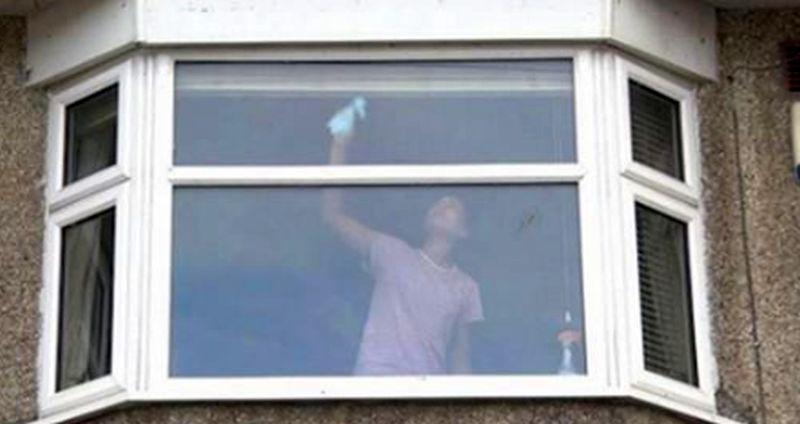 somerset police wash window