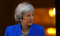 Change Tack or Face Defeat, Brexit Critics Tell British PM May