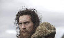 Film Review: 'Outlaw King': 'Braveheart' Sequel, Sort Of