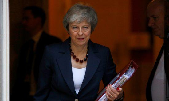 b7d8dc2d0 May Secures Draft Divorce Deal With EU