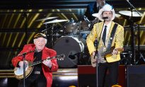 'Hee Haw' Co-Star 'Stunned' by Roy Clark's Death, Says He Was 'A Natural'