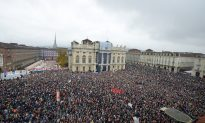 Thousands Rally in Turin in Favor of Italy-France Rail Link