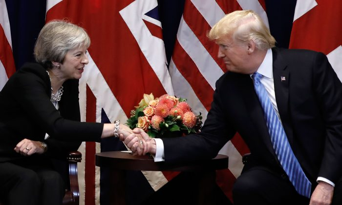 British Prime Minister Theresa May meets with U.S. President Donald Trump on the sidelines of the United Nations General Assembly in New York, on Sept. 26, 2018  (PETER FOLEY/AFP/Getty Images)