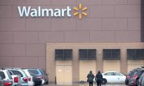 Police Officers Help Thief Buy Boots After Responding to Walmart Shoplifting Call
