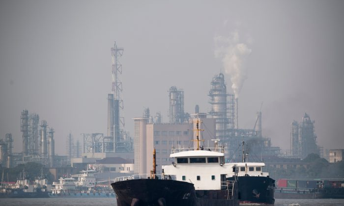 This picture taken on March 22, 2018 shows the Shanghai Gaoqiao Company Refinery in Shanghai.(JOHANNES EISELE/AFP/Getty Images)