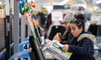 US Consumer Spending Rises Strongly; Inflation Moderates