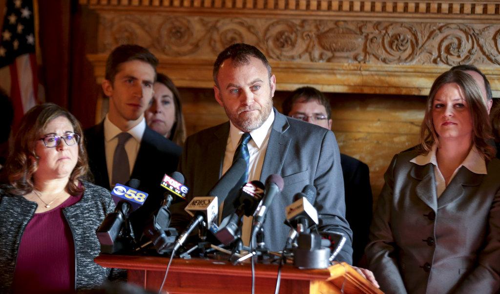 Wisconsin Minority Leader Gordon Hintz holds a press conference