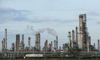 US Becomes Net Oil Exporter for First Time in Decades