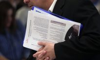 US Employers Hiring Steady With 155,000 Jobs Added in One Month