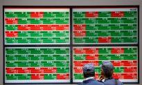 Stocks Extend Decline as Trade Woes Batter Sentiment