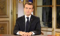 Videos of the Day: Macron to Speed up Tax Cuts, Raise Wages in Response to 'Yellow Vest' Protests