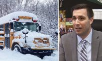 School kids stranded on bus during snowstorm comforted via Facetime by principal