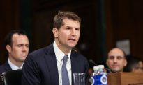 Testimony Reveals FBI Official in Charge of Clinton, Trump Probes Was Excluded From Key Meetings, Decisions
