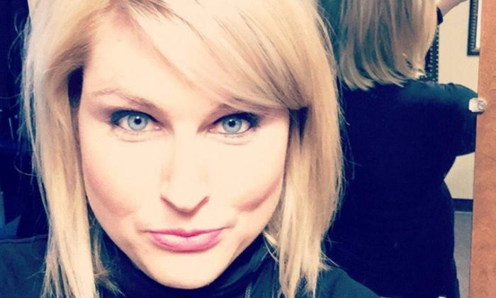 Jessica Starr, a Fox 2 Detroit meteorologist, died at the age of 35, and according to reports on Dec. 12, her cause of death was suicide (Jessica Starr / Twitter selife)