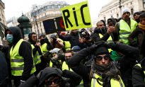 France to Clamp Down on Unsanctioned Protests Amid 'Yellow Vest' Unrest