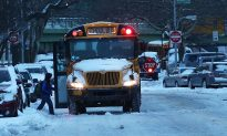 Bus Driver Buys Breakfast for Entire Bus of Students When School is Delayed