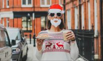 10 Ways to Indulge and Stay Healthy This Holiday Season
