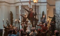 In 'Mary Poppins Returns,' an Ode to the Gas Lamp