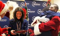 Son secretly returns home from overseas deployment and dresses up as Santa to surprise mom