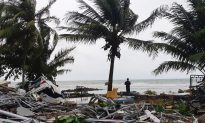 Indonesia Tsunami: 'Outcry' Over Early Warning System as 843 Injured and 222 Killed