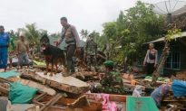 Indonesian Rescuers Use Drones, Sniffer Dogs as Tsunami Death Toll Tops 400