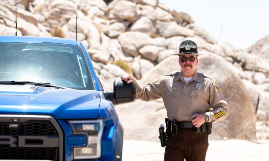 Sheriff Leon Wilmot in the desert by the U.S.–Mexico border near Yuma, Ariz., on May 25, 2018. (Samira Bouaou/The Epoch Times)